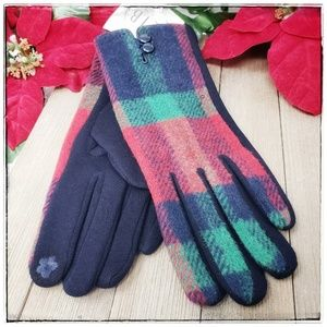 🆕️ Navy Plaid Gloves with Smart Touch